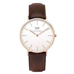 Bristol 36 mm rosa forgyldt dameur fra Daniel Wellington